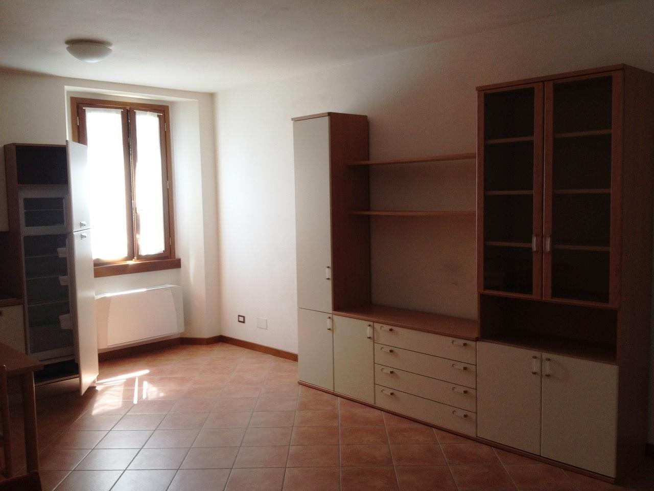 appartamento affitto calenzano settimello